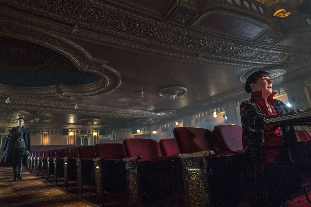John Wick 3 - Parabellum: Anjelica Huston, Asia Kate Dillon