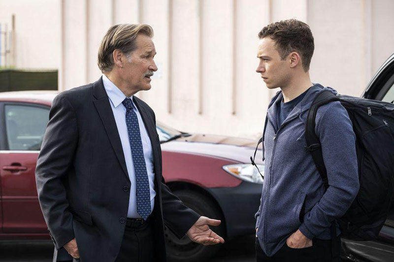 Foto Finn Cole, James Remar