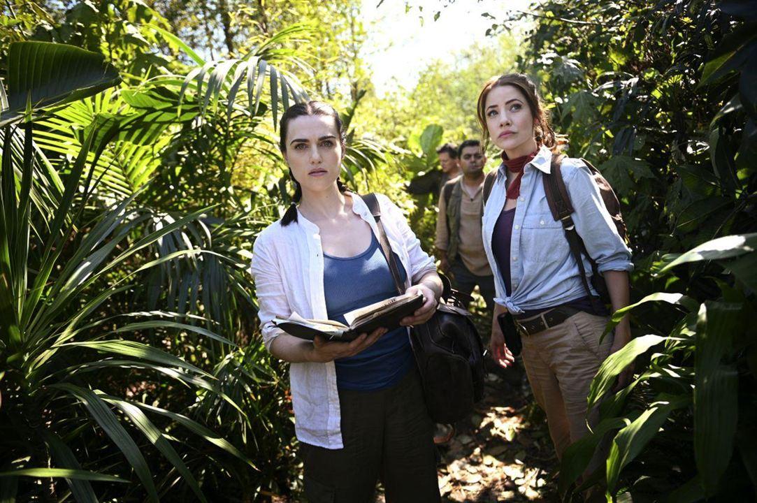 Foto Julie Gonzalo, Katie McGrath