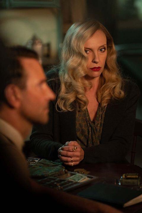 O Beco do Pesadelo : Foto Bradley Cooper, Toni Collette
