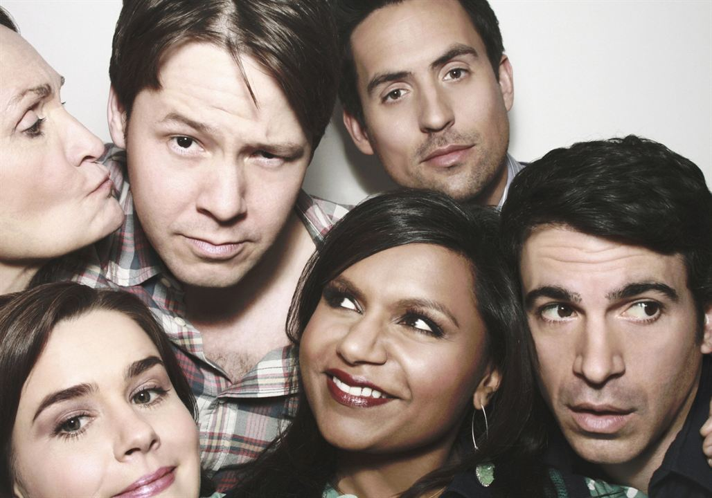 Foto Beth Grant, Chris Messina, Ed Weeks, Ike Barinholtz, Mindy Kaling