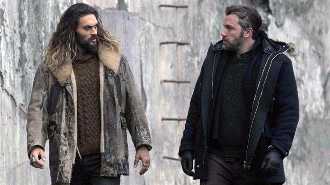 Jason Momoa fala sobre possibilidade de um encontro entre Aquaman e Batman  de Robert Pattinson - Notícias de cinema - AdoroCinema
